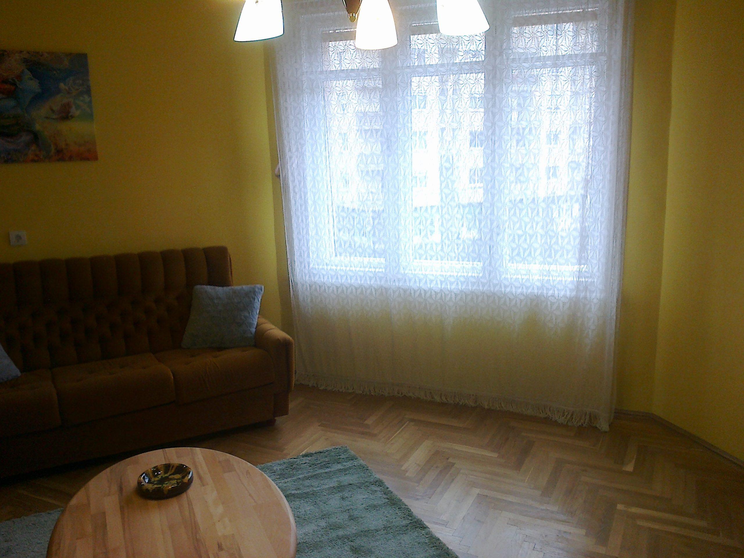 Bp.XIV.Zuglói 55nm-es 2 szobás felújított lakás eladó.